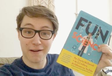 Image de l'article «Découvrez Fun Science de Charlie McDonnell»